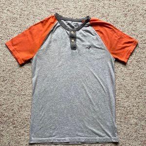American Eagle Men's Henley T-shirt